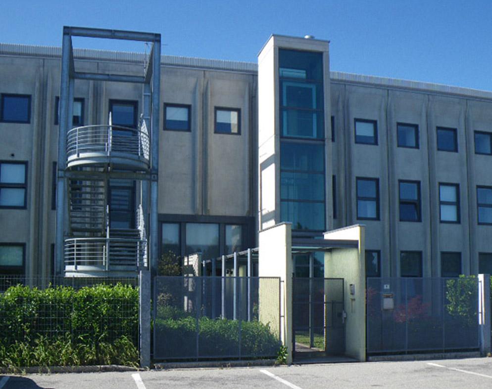 Furia Cuscini.Furia Cuscini Headquarters Boga Architetti Meda